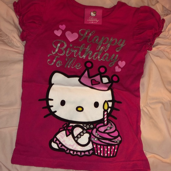 Hello Kitty Birthday Shirt Sanrio M 5cf96002d40008d16613a28b 5cf96003b3e917d34056e0dc